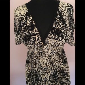 Angie Tops - Angie Tunic - like new condition Medium